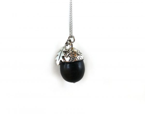 KJ407 Acorn Necklace with leaf 2