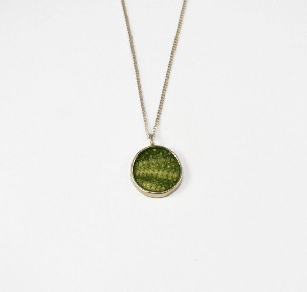 KJ106 Small Round Sea Urchin Necklace