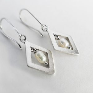 Shimmer Diamond Pearl Earrings