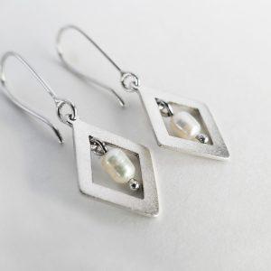 Shimmer Diamond Pearl Earrings