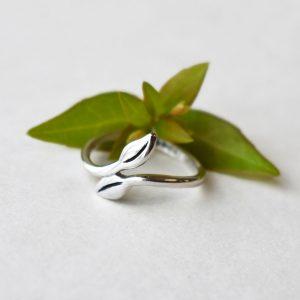 Leafy Twig Ring