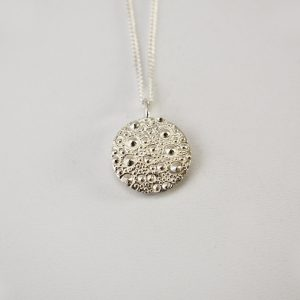 Sea Urchin Texture Necklace – Round