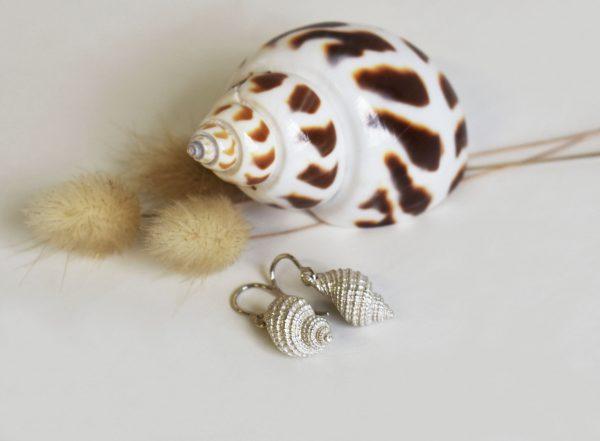 Big Conch Earrings 1 (k)