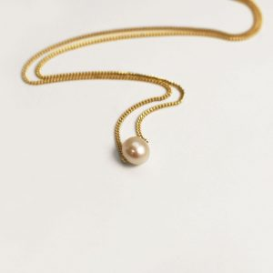 Dainty Pearl Necklace – 9ct Yellow Gold